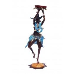 Danse traditionnelle (67cm)